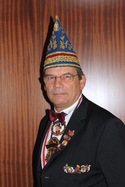 Redakteur: Helmut Thoennessen