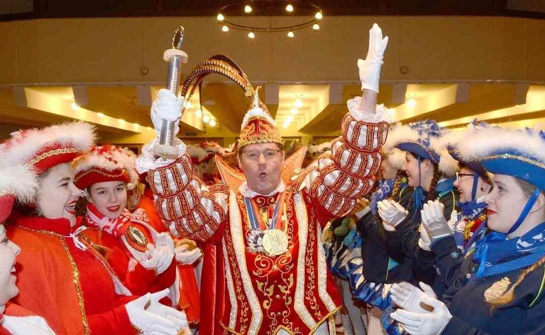 Neujahrsempfang in Neuss: Karnevalisten starten ins neue Jahr (NGZ – 6.01.2020)
